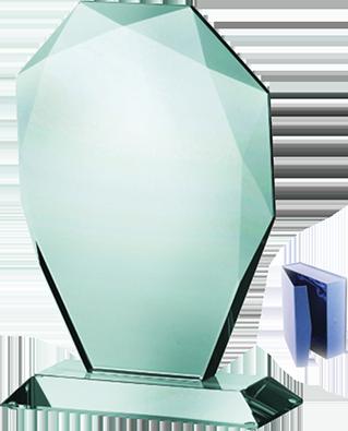 Üvegtrófea 324